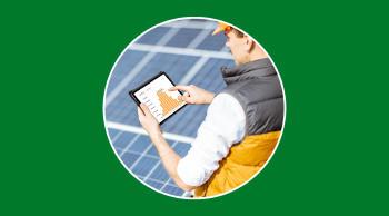 ¿Cuánta energía produce al día y al mes una placa solar?